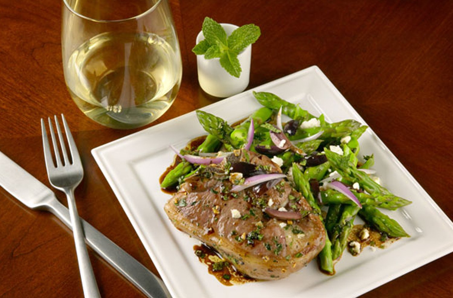 Warm Salad of Asparagus Spears and Seared Lamb Chops with Fresh Mint Vinaigrette